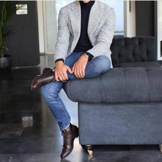 How to wear: grey tweed blazer, black turtleneck, blue skinny jeans, dark brown leather dress boots