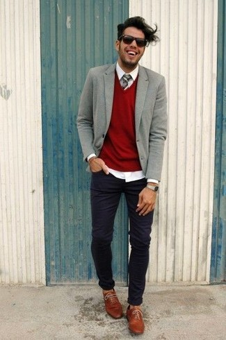 How to wear: grey wool blazer, red v-neck sweater, white dress shirt, black skinny jeans