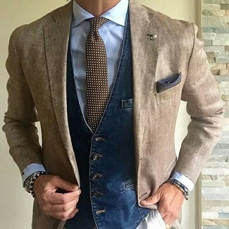 How to wear: tan blazer, navy denim waistcoat, light blue dress shirt, beige chinos