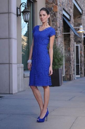 How to wear: blue lace bodycon dress, blue suede pumps, silver bracelet, silver earrings