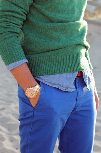 How to wear: blue chinos, light blue chambray long sleeve shirt, green crew-neck sweater
