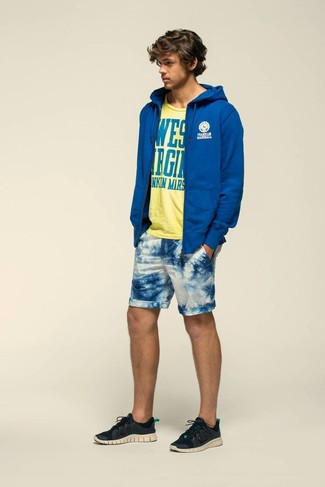 How to wear: blue hoodie, yellow print crew-neck t-shirt, white and blue print shorts, black athletic shoes