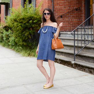 How to wear: blue off shoulder dress, gold leather ballerina shoes, tobacco leather tote bag, white necklace