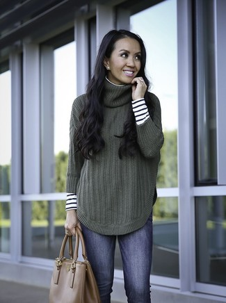 How to wear: brown leather tote bag, blue skinny jeans, dark green knit turtleneck, white and black horizontal striped turtleneck