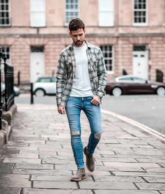 How to wear: grey suede chelsea boots, blue ripped skinny jeans, white crew-neck t-shirt, grey plaid flannel long sleeve shirt