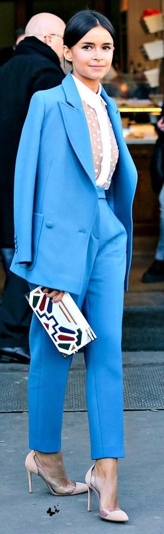 Miroslava Duma wearing Blue Suit, White Lace Dress Shirt, Beige Suede Pumps, White Print Leather Clutch