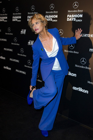 How to wear: blue leather loafers, blue wide leg pants, white sleeveless top, blue blazer