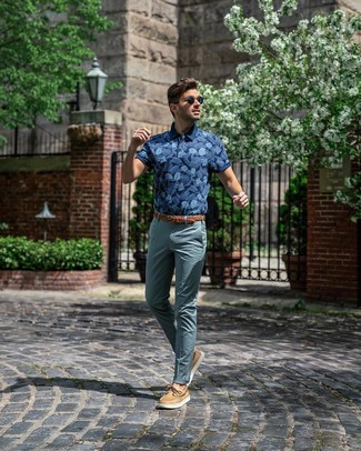 How to wear: brown woven leather belt, tan leather boat shoes, teal chinos, navy print polo