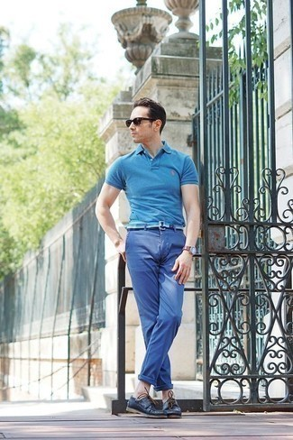 Men's Looks & Outfits: What To Wear In 2020: An aquamarine polo and blue chinos are the ideal way to inject played down dapperness into your current off-duty wardrobe. We're totally digging how this whole outfit comes together thanks to a pair of navy leather boat shoes.