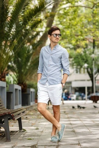 How to Wear Silver Sunglasses For Men: If you gravitate towards relaxed dressing, why not consider wearing a light blue long sleeve shirt and silver sunglasses? Amp up the dressiness of your outfit a bit by sporting mint canvas boat shoes.