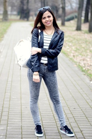 Low cut converse with skinny jeans