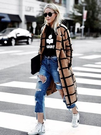 How to wear: white canvas high top sneakers, blue ripped boyfriend jeans, black and white print crew-neck sweater, camel check coat