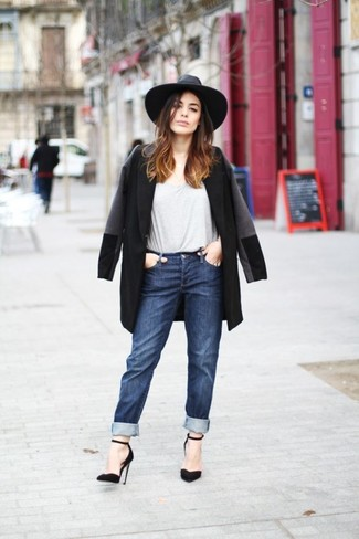 How to wear: black suede pumps, navy boyfriend jeans, grey crew-neck t-shirt, black coat