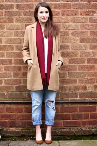 How to wear: brown suede pumps, light blue ripped boyfriend jeans, white long sleeve t-shirt, camel coat