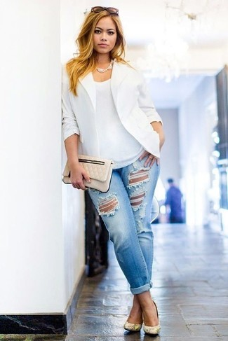 How to Wear a White Blazer For Women: A white blazer and light blue ripped boyfriend jeans are great elements to have in your day-to-day fashion mix. Finishing with a pair of yellow snake leather pumps is a simple way to inject an added touch of style into your ensemble.