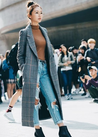How to wear: black leather ankle boots, light blue ripped boyfriend jeans, tobacco turtleneck, grey plaid coat