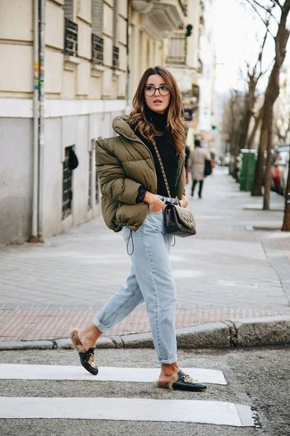 How to wear: black print leather loafers, light blue boyfriend jeans, black turtleneck, olive puffer jacket
