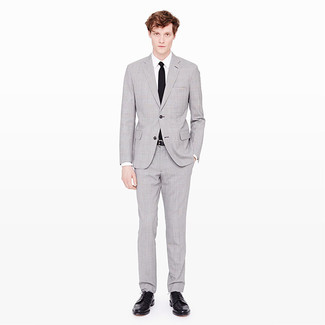 Classic Suit With Tie In Super 120s Twill