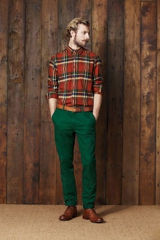 How to wear: brown leather belt, brown leather brogues, dark green chinos, green and red plaid long sleeve shirt