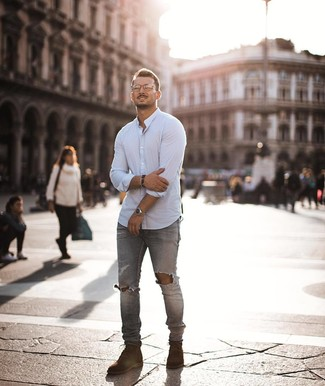 How to Wear Brown Suede Casual Boots For Men: A white long sleeve shirt and grey ripped skinny jeans are a cool outfit formula to have in your off-duty wardrobe. Take a classic approach with footwear and add brown suede casual boots to your look.