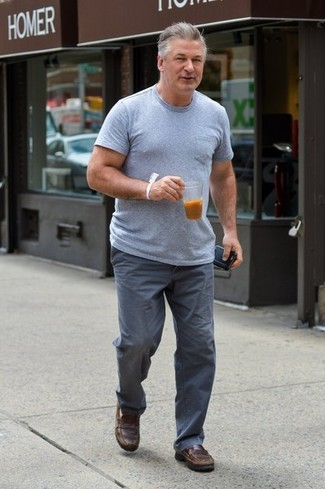 How to wear: brown leather loafers, grey chinos, grey crew-neck t-shirt