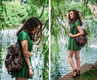 How to wear: brown leopard backpack, dark brown leather gladiator sandals, green lace casual dress