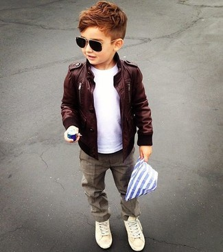 How to Wear Beige Sneakers For Boys: Consider dressing your tot in a dark brown leather jacket with brown trousers for an easy to wear, everyday look. This ensemble is complemented wonderfully with beige sneakers.
