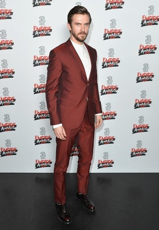 How to wear: burgundy leather oxford shoes, white dress shirt, burgundy suit