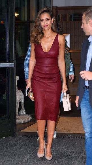Jessica Alba wearing Burgundy Leather Sheath Dress, Pink Leather Pumps, Pink Leather Handbag
