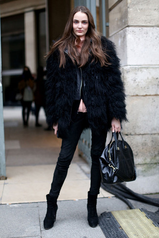 How to wear: black skinny jeans, pink button down blouse, black quilted leather biker jacket, black fur jacket