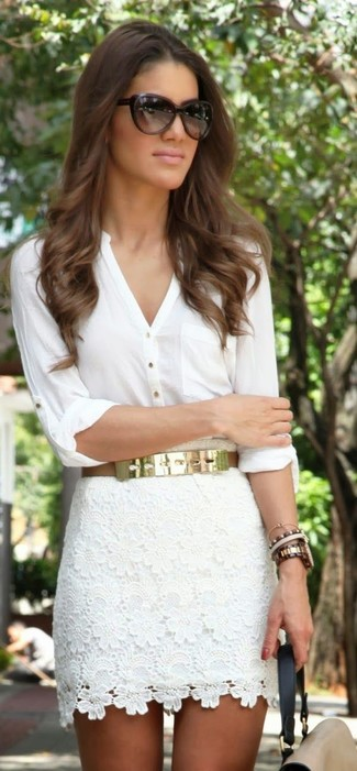 A white button down blouse and a white lace mini skirt are a great outfit formula to have in your arsenal.