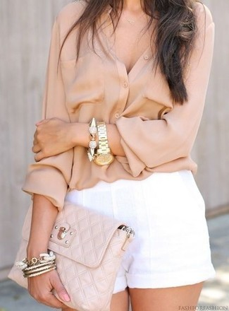 How to wear: beige button down blouse, white linen shorts, beige quilted leather clutch, gold bracelet