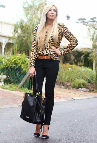 How to wear: tan leopard button down blouse, black skinny jeans, black suede heeled sandals, black leather tote bag