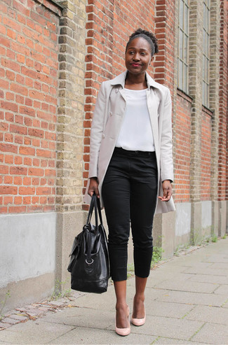 How to wear: pink leather pumps, black capri pants, white sleeveless top, beige raincoat