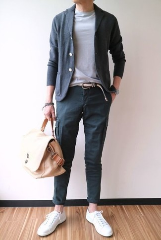 How to wear: charcoal cardigan, grey crew-neck t-shirt, charcoal cargo pants, white canvas low top sneakers