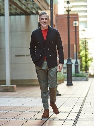 How to Wear a Black Double Breasted Blazer After 50 For Men: Such items as a black double breasted blazer and olive cargo pants are the perfect way to introduce some masculine sophistication into your current off-duty lineup. Introduce brown suede desert boots to the mix to keep the look fresh.