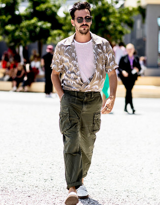 How to wear: white leather loafers, dark green cargo pants, white mesh tank, beige print short sleeve shirt