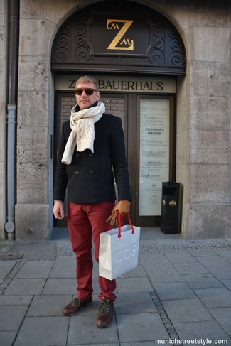 How to wear: beige knit scarf, brown leather casual boots, burgundy chinos, black pea coat