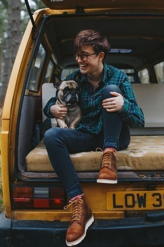 How to Wear a Teal Long Sleeve Shirt For Men: Marrying a teal long sleeve shirt with navy skinny jeans is an on-point pick for a casually stylish ensemble. On the fence about how to complement your ensemble? Rock a pair of brown leather casual boots to turn up the wow factor.