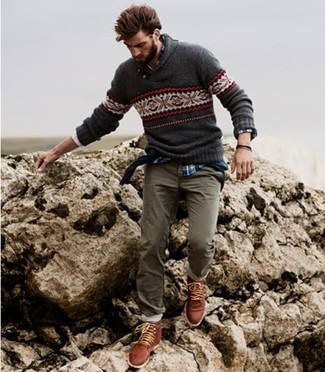 Consider wearing a charcoal fair isle jumper and olive chinos to create a great weekend-ready look. Why not introduce brown leather casual boots to the mix for an added touch of style? When leaves change color and fall takes over, you'll appreciate how great this ensemble is for in-between weather.