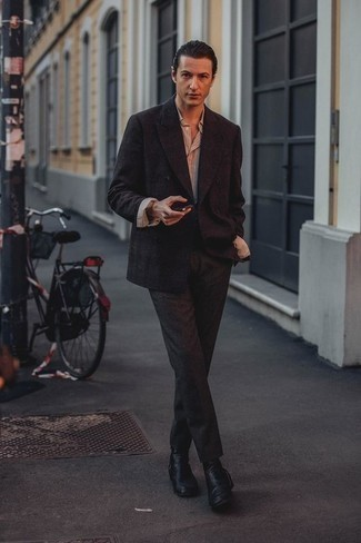 Men's Looks & Outfits: What To Wear In 2020: You'll be amazed at how easy it is to get dressed this way. Just a dark brown double breasted blazer matched with charcoal dress pants. You could perhaps get a bit experimental when it comes to shoes and tone down this ensemble with black leather chelsea boots.