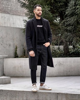 How to Wear Charcoal Jeans For Men: A charcoal overcoat and charcoal jeans are a great pairing that will earn you a great deal of attention. Finishing off with white leather low top sneakers is a surefire way to infuse a hint of stylish casualness into this outfit.