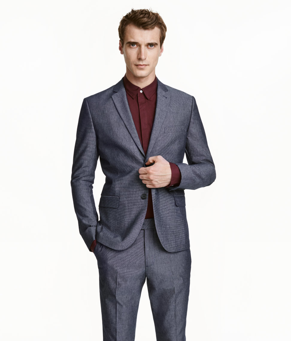 How To Wear a Grey Suit With a Burgundy Dress Shirt | Men's Fashion
