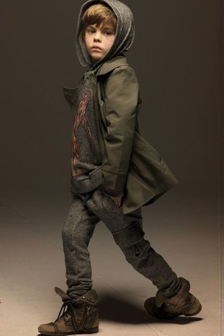 How to wear: brown boots, charcoal sweatpants, grey hoodie, olive trench coat