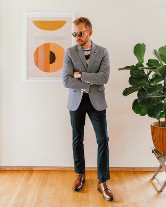 How to Wear Brown Leather Derby Shoes: A grey wool blazer and dark green chinos are absolute wardrobe heroes if you're picking out a smart casual wardrobe that holds to the highest sartorial standards. To introduce a bit of classiness to your ensemble, complement your look with brown leather derby shoes.