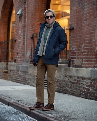 How to Wear Dark Brown Leather Casual Boots For Men: Consider pairing a navy parka with brown chinos for a casually stylish and stylish getup. Want to play it up with shoes? Choose a pair of dark brown leather casual boots.
