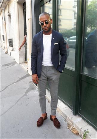 How to wear: dark brown leather tassel loafers, grey chinos, white crew-neck t-shirt, navy blazer