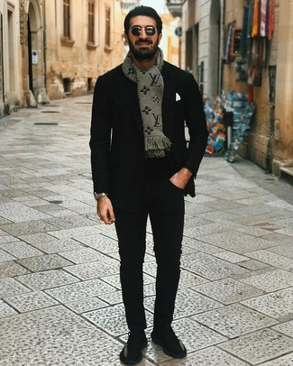 How to wear: black athletic shoes, black chinos, black crew-neck t-shirt, black blazer