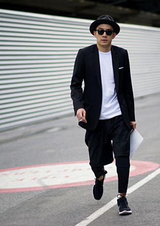 How to Wear a Black Wool Hat For Men: Fashionable and practical, this combo of a black blazer and a black wool hat will provide you with a multitude of styling opportunities. If you're not sure how to round off, a pair of black athletic shoes is a safe option.