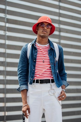 How to Wear a White and Red Horizontal Striped Crew-neck T-shirt For Men: This stylish ensemble is really pared down: a white and red horizontal striped crew-neck t-shirt and white chinos.
